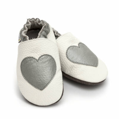 Liliputi puhatalpú cipő fehér-ezüst szívecskés