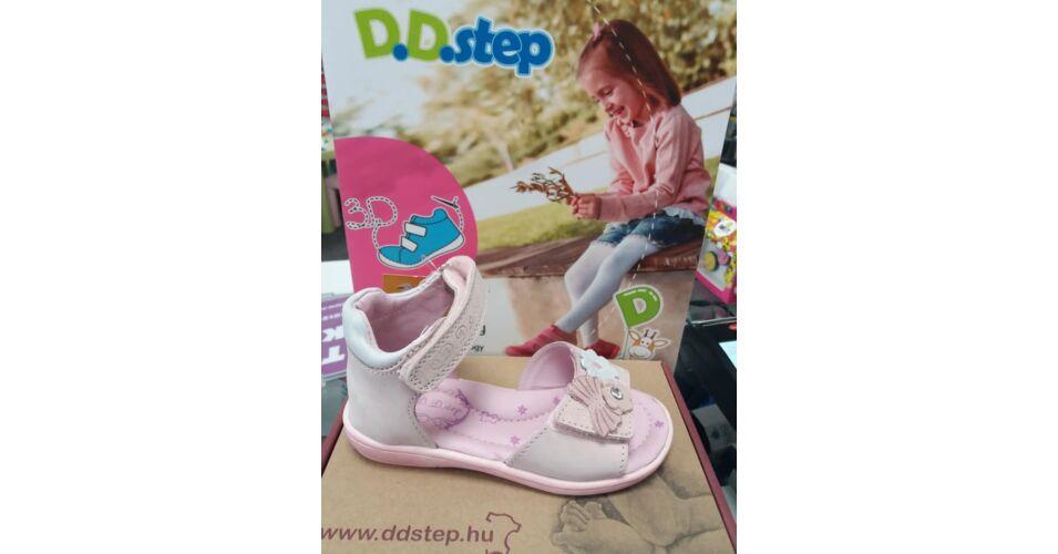 9e516c3f8ebc D.D.Step púder-fehér, pillangós-virágos, tépőzáras szandál - Cipők - Trendi  Kölyök Gyerekcipő webáruház - Szekszárd