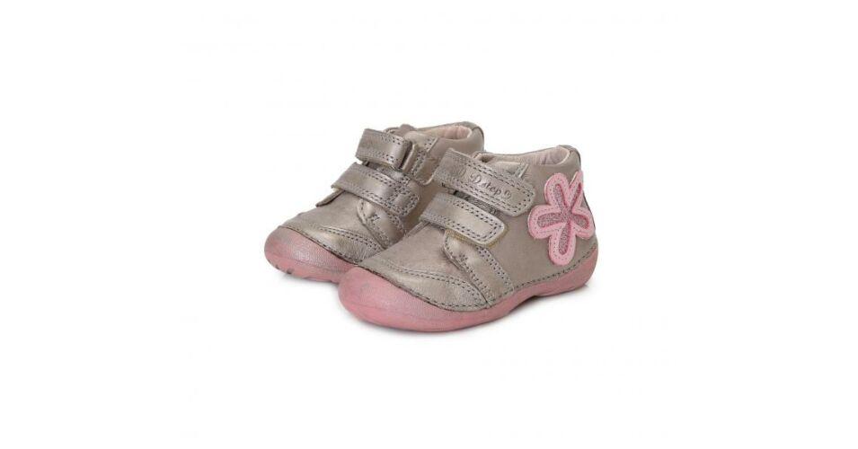 6ef6d5a1d843 D.D.Step csillogós ezüst-púder virágos bőr átmeneti cipő - Cipők - Trendi  Kölyök Gyerekcipő webáruház - Szekszárd