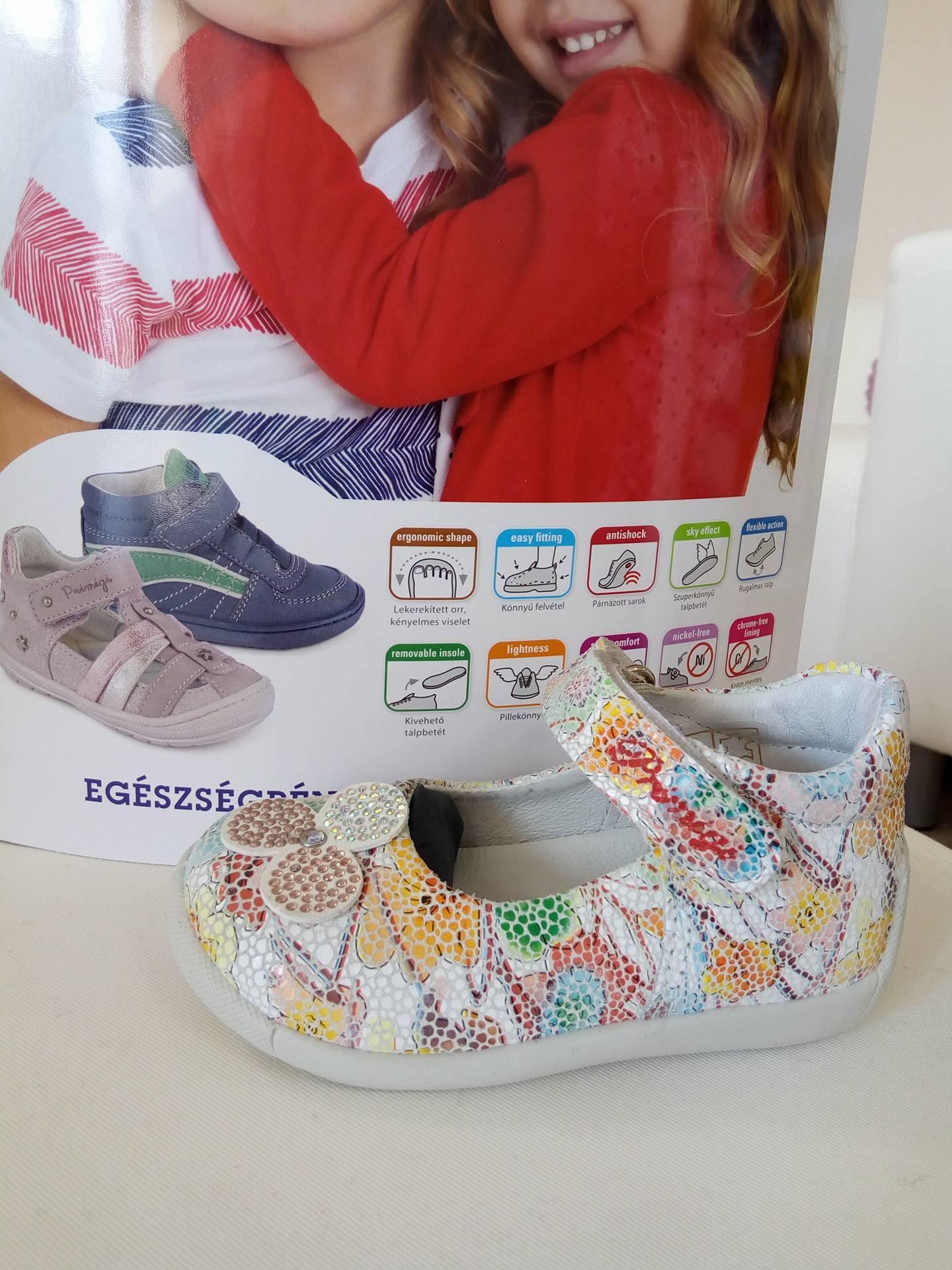 95120c72cd Primigi retro színes virágmintás szandálcipő - Cipők - Trendi Kölyök  Gyerekcipő webáruház - Szekszárd